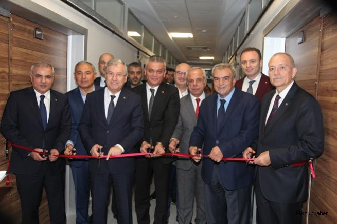 Adana Ayakkabı ve Moda Tasarım Merkezi hizmet vermeye başladı