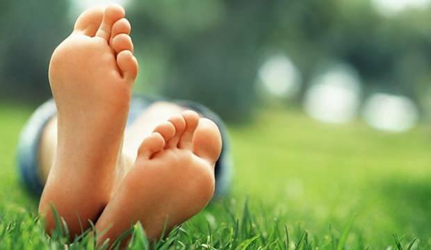 Ayak tabanı yanması hangi hastalıkların belirtisidir? Ayak yanmasına ne iyi gelir?
