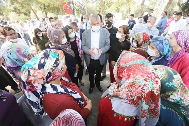Başkan Zeydan Karalar bu kez Sarıçam Kaşobası'nda halkla buluştu