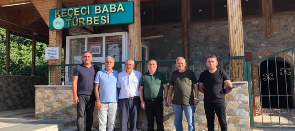 CHP'li Ramis Topal Keçeci Baba Türbesinde Dua Etti