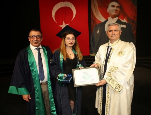Çukurova Üniversitesi Güzel Sanatlar Fakültesi Mezunlarını Uğurladı.