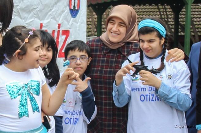 Demirtaş, 2 Nisan Dünya Otizm Günü etkinliklerinde otizmli çocuklar ve aileleri ile bir arada