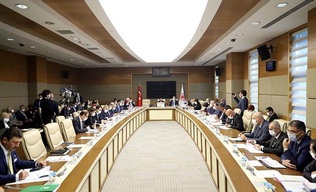 Kooperatiflere yeni düzenlemeler getiren kanun teklifi, Meclis'te kabul edildi